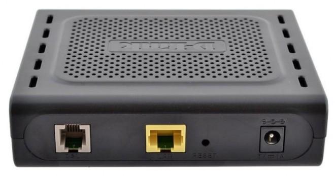Задняя панель роутера D-Link DSL-2500U